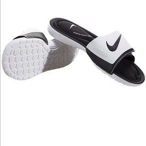 Nike Solarsoft Comfort Slide NWOT